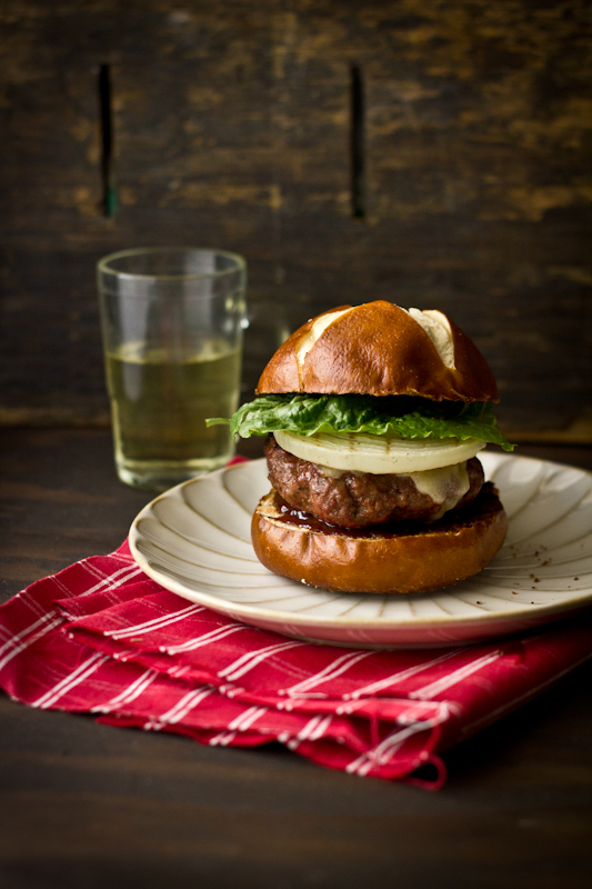 Barbequed Maple Balsamic Burger with Sharp Cheddar Cheese & a Giveaway