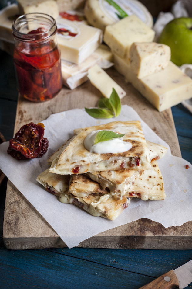 A Great Midwest Cheese Feast: Smoked Cheddar Grilled Cheese with Granny Smith Apple & Dijon Mustard and a Pancetta Quesadilla with Sun-Dried Tomatoes & Morel & Leek Jack, Plus a Giveaway!
