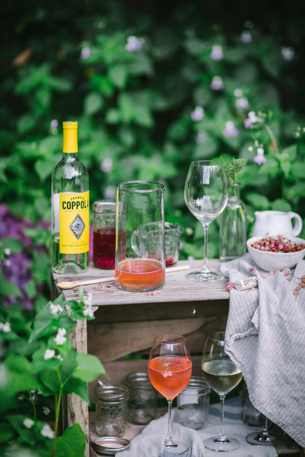 DIY White Wine Spritzer Bar and Summer Entertaining Tips
