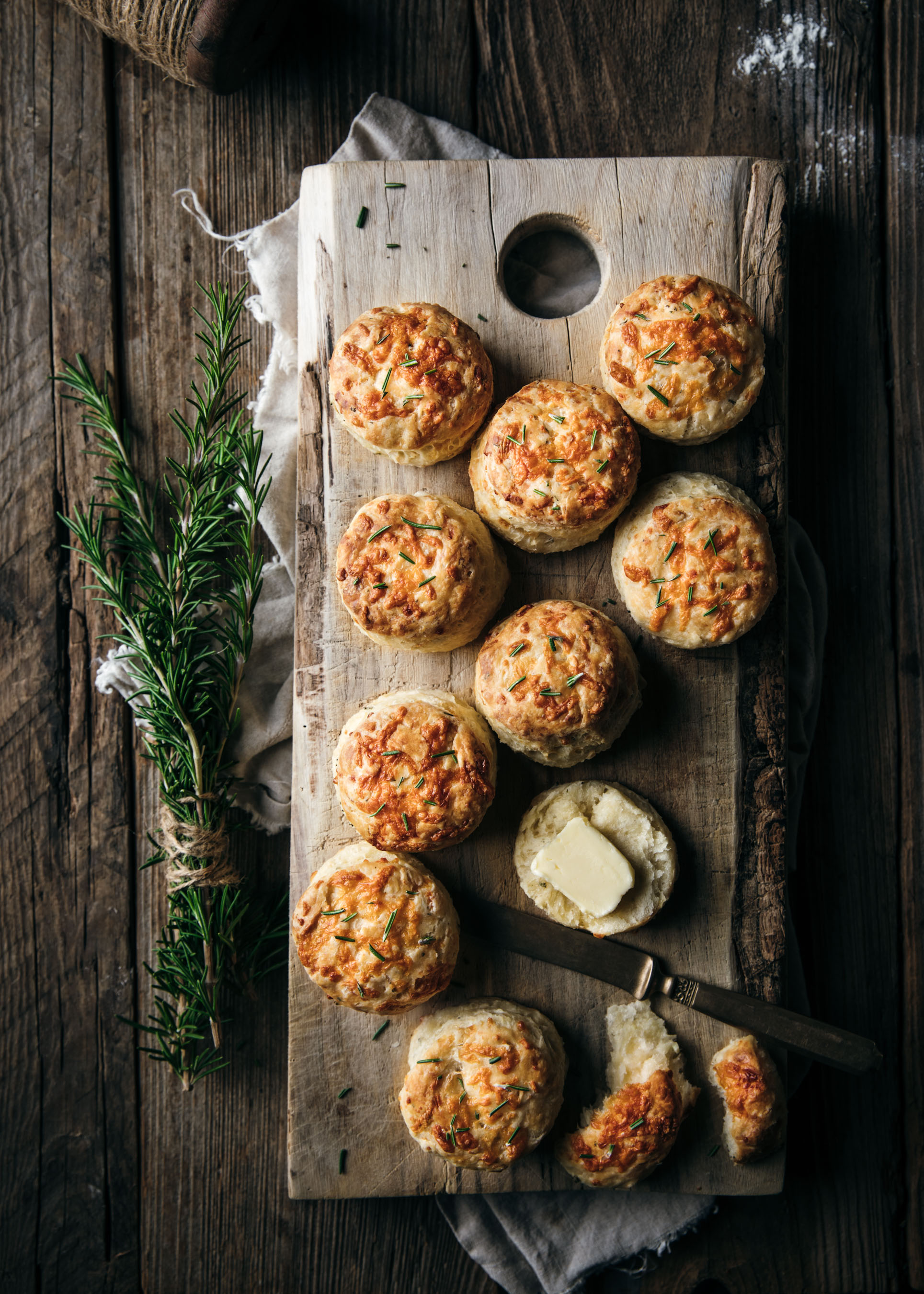 Cheddar Garlic and Rosemary Biscuits