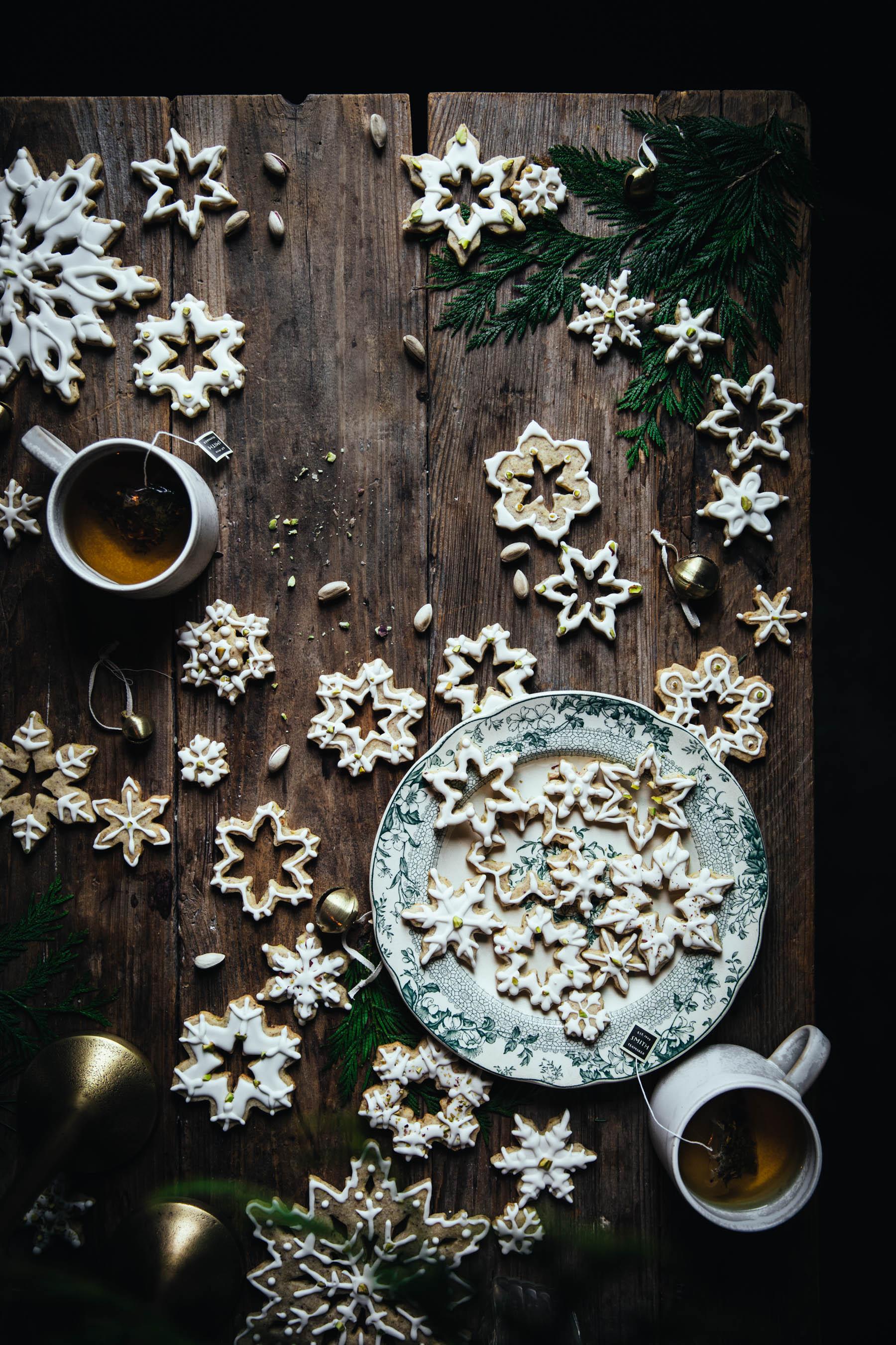 Lemon and Pistachio Shortbread Cookies